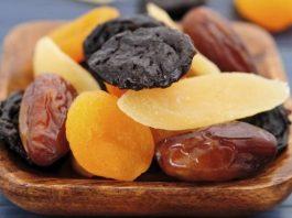 3 привычных фрукта на ночь восстановят позвоночник и добавят сил
