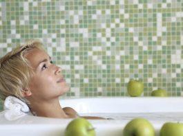 4 повода добавить яблочный уксус в свою ванну