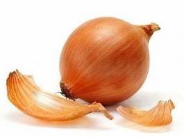 Варикоз может отступить перед луковой шелухой