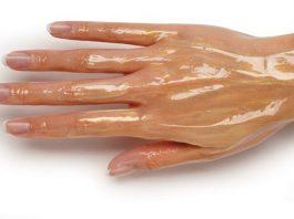 Мои руки были очень морщинистые, пока не узнала об этих средствах. Теперь моей кожей восхищаются даже молоденькие