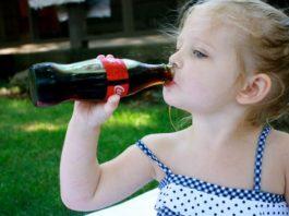 Вредна ли детям Кока-кола. Ответ доктора Комаровского вас очень удивит